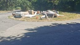 Odpad na mestskej zeleni