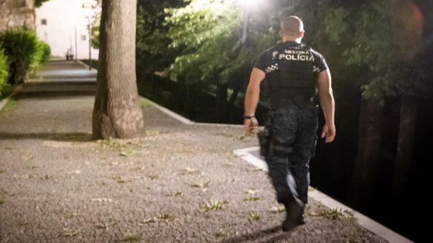 Mestskí policajti počas víkendu zasahovali pri dvoch ruvačkách (zásahy hliadok 6.9. - 12.9.2021)