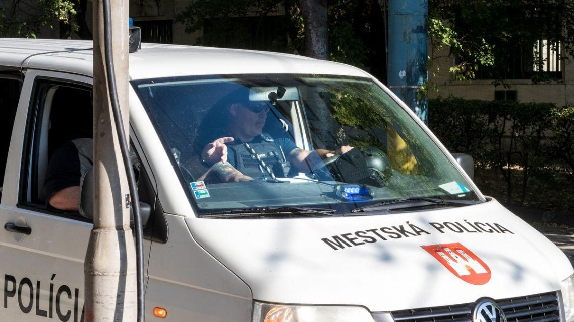 Mestskí policajti chytili útočníka s nožom (zásahy hliadok 13. - 19.9.2021)