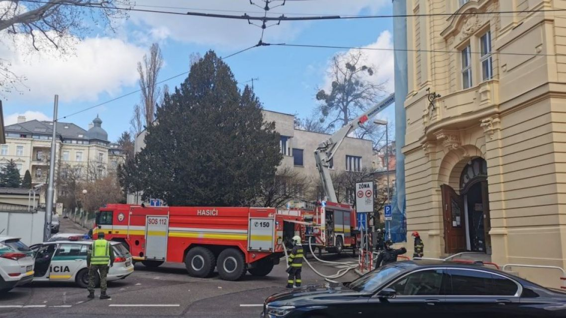 Požiar v škole v centre mesta