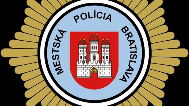 Covid – 19 plnou silou zasiahol aj petržalských mestských policajtov