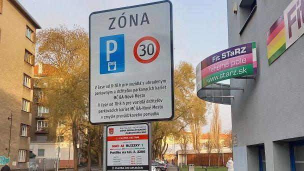 Regulované parkovanie